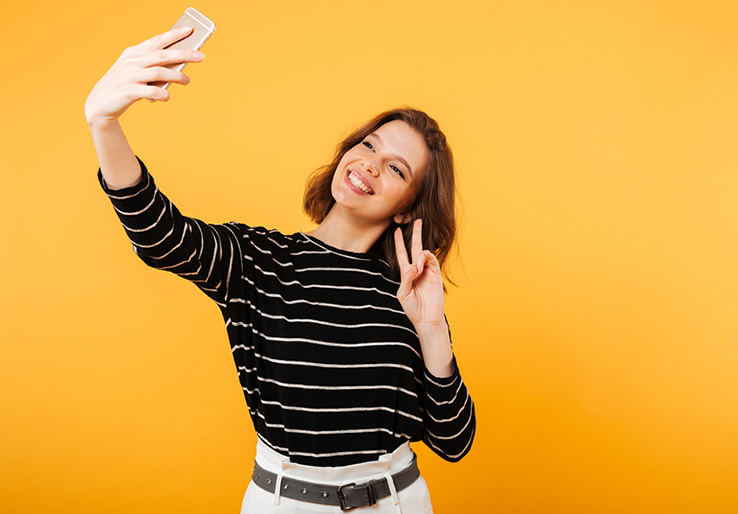 What Are The 5 Best Tips For Perfect Dating Selfies?